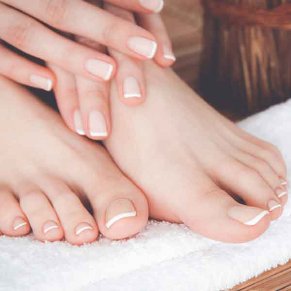 sharone-skin-specialist-hands-and-legs-creme-and-mitts